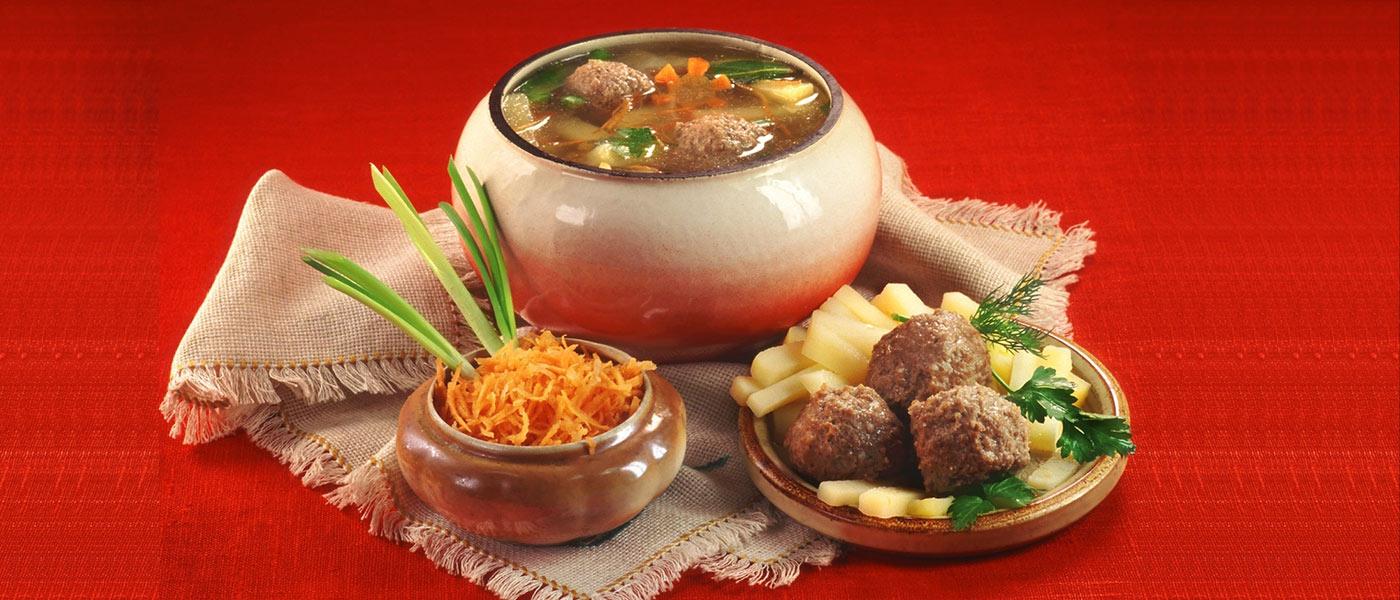 meatballs_potatoes_carrots_soup_pot_russian_cuisine_43798_1600x120058646546
