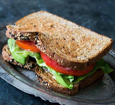 آموزش درست کردن ساندویچ آووکادو گیاهی