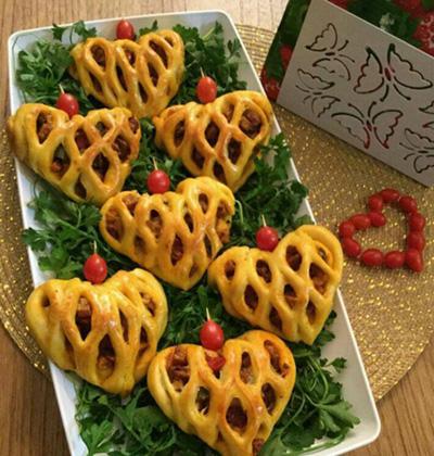 آموزش درست کردن پیتزا پیراشکی قلبی
